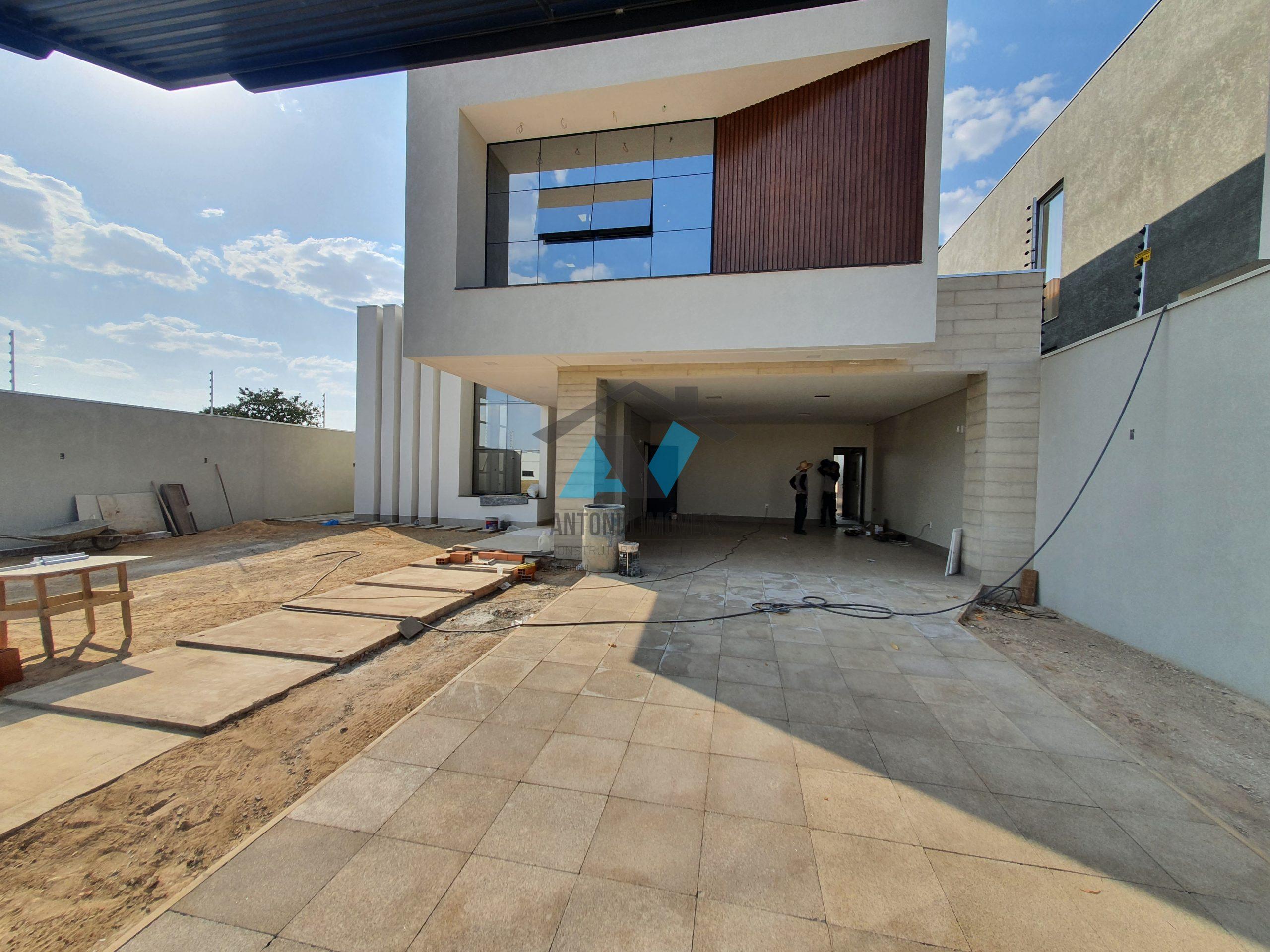 Cod. 287 – Sobrado no Jardim Riva com energia solar com designe moderno.